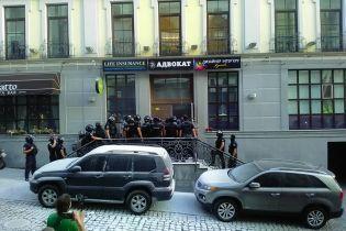 Попытка рейдерства на Воздвиженке. Полиция задержала 18 человек и открыла уголовное производство