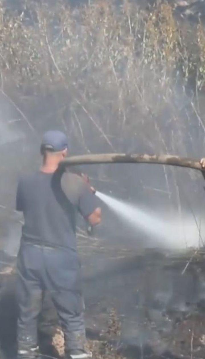 Третю добу рятувальники намагаються загасити пожежу торфяників на Полтавщині