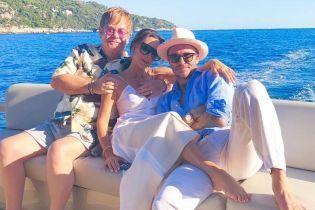 Бекхеми на Лазурному березі: Девід і Вікторія поділилися з шанувальниками цікавими кадрами