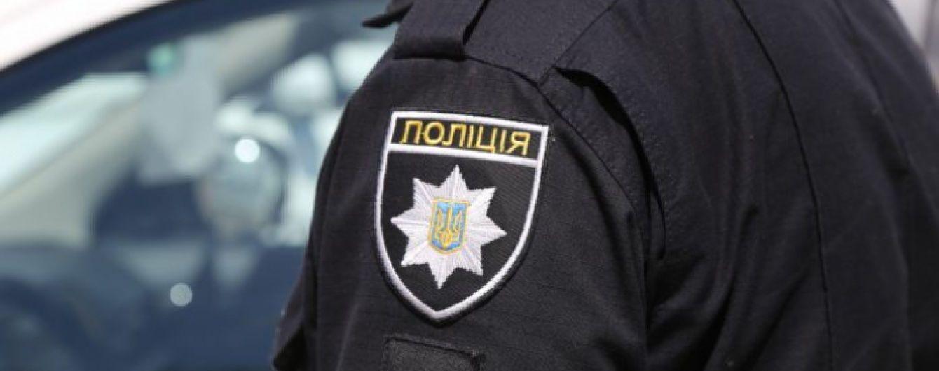 В Одессе облили краской билборды кандидата в президенты, полиция ищет злоумышленников