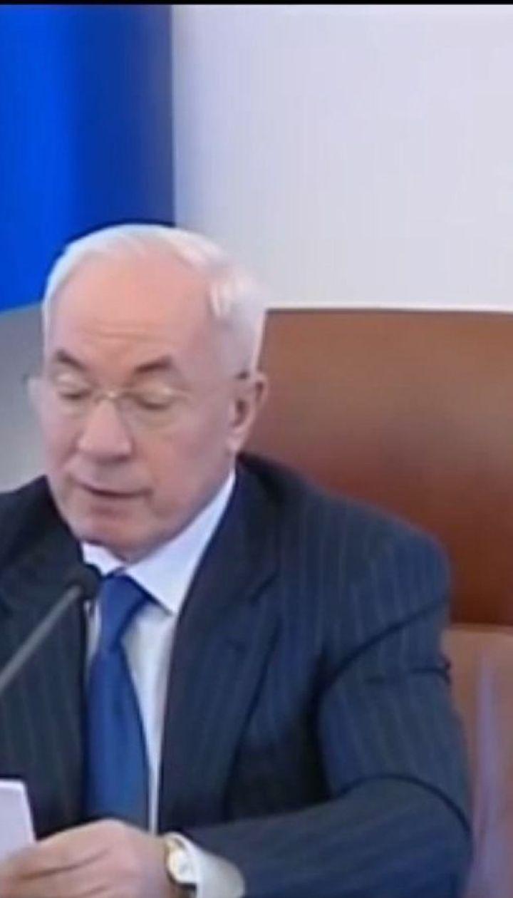 На російському ТБ показали Азарова як експерта з української мови