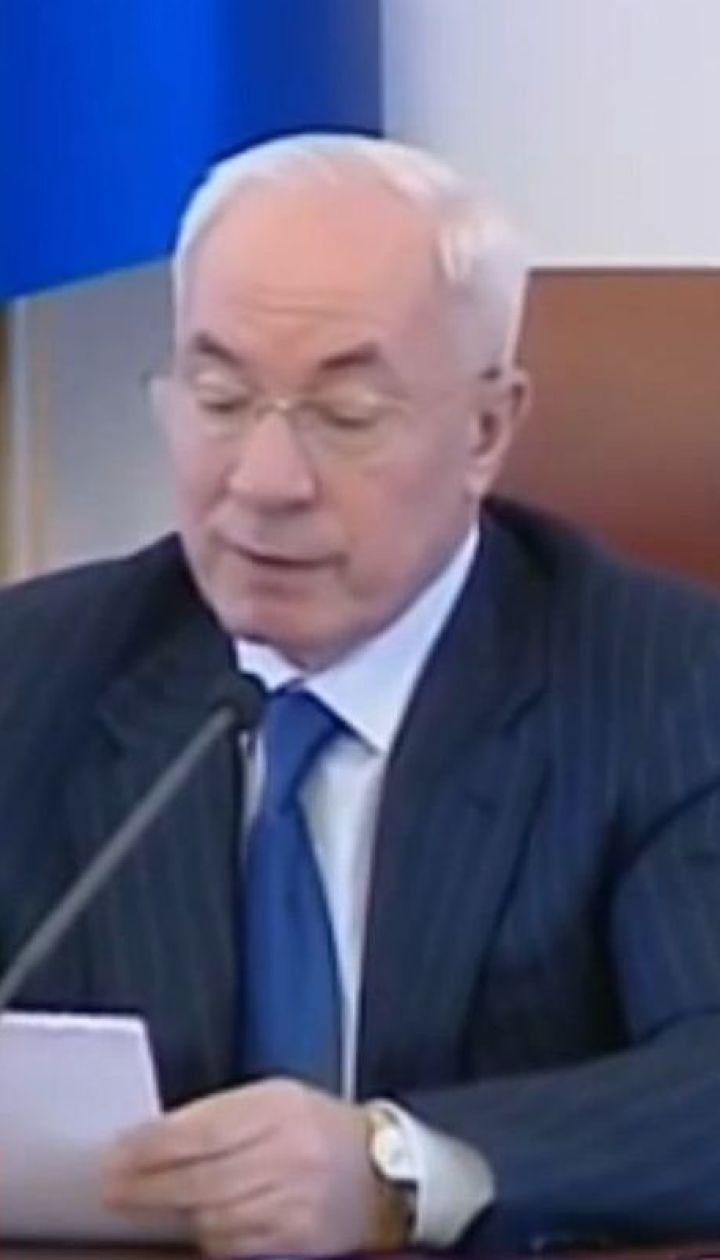 На российском ТВ показали Азарова в качестве эксперта по украинскому языку