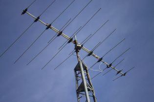 Відключення аналогового телебачення в Україні супроводжується скандалами