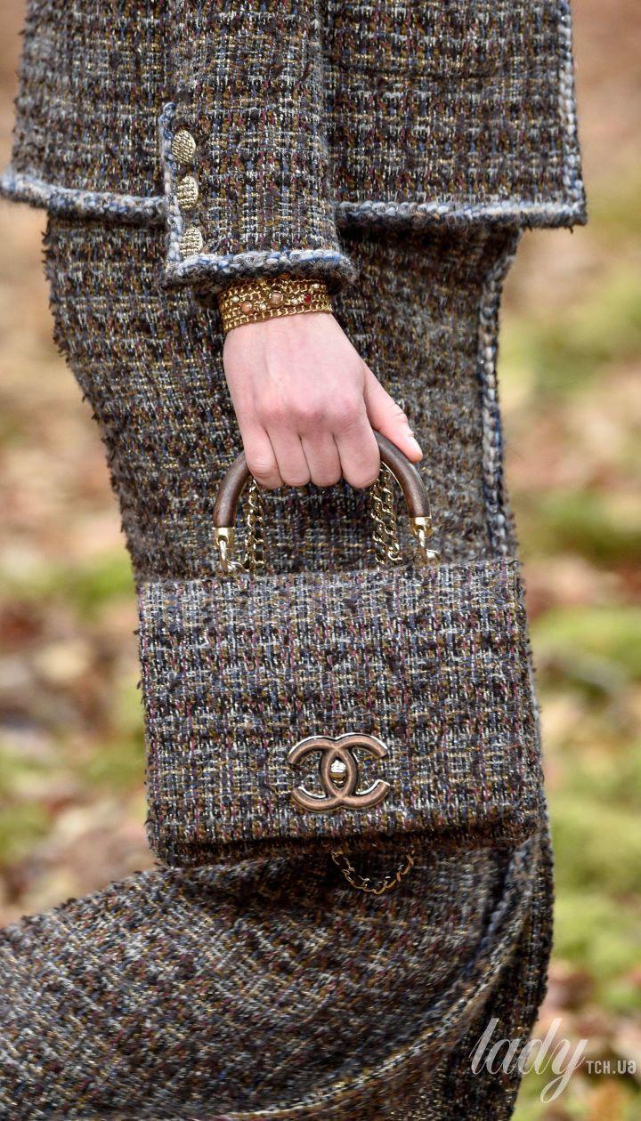 Коллекция Chanel прет-а-порте сезона осень-зима 2018-2019 @ Getty Images