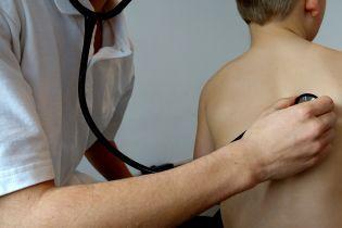 От рождения до совершеннолетия: в НСЗУ рассказали, сколько государство выделяет на медуслуги для пациента