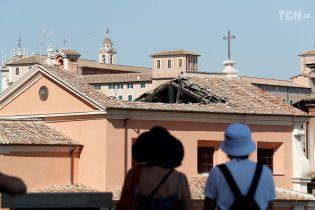 У Римі обвалився дах старовинної церкви ХVI століття