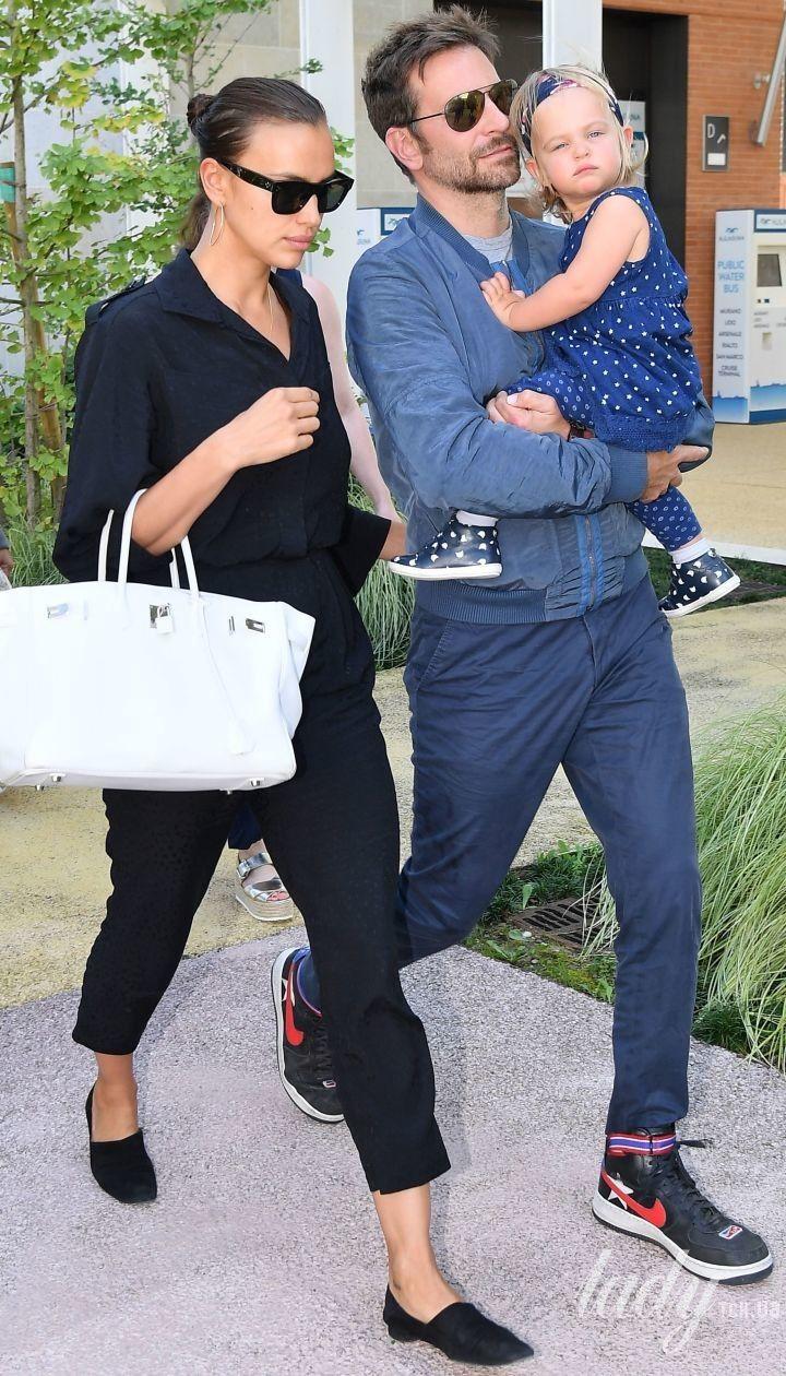 Ірина Шейк і Бредлі Купер з дочкою Леєю
