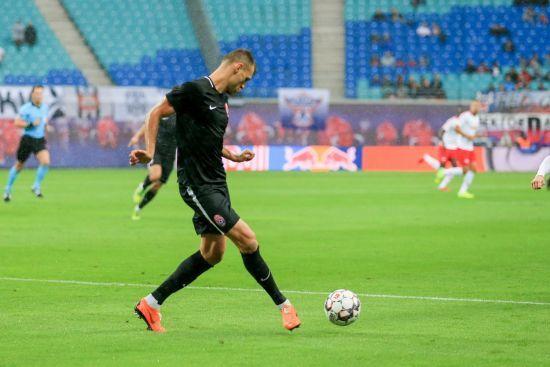 """Футболіст """"Зорі"""" визнав свою провину в епізоді з пенальті у матчі Ліги Європи"""