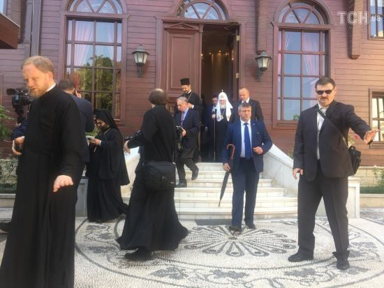 Патріарх Кирило завершив зустріч із Варфоломієм і вирушив до аеропорту