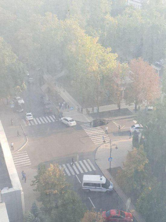"""У центрі окупованого Донецька підірвали ватажка """"ДНР"""" Захарченка"""