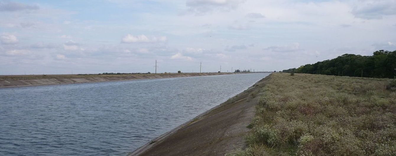 Шантаж экологической катастрофой: в анексованому Крыму задумались над восстановлением подачи воды из Днепра