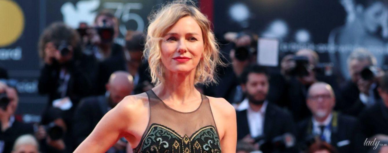 Стильно і злегка прозоро: Наомі Воттс блиснула ще одним образом на кінофестивалі у Венеції