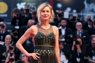 Стильно и слегка прозрачно: Наоми Уоттс блеснула еще одним образом на кинофестивале в Венеции