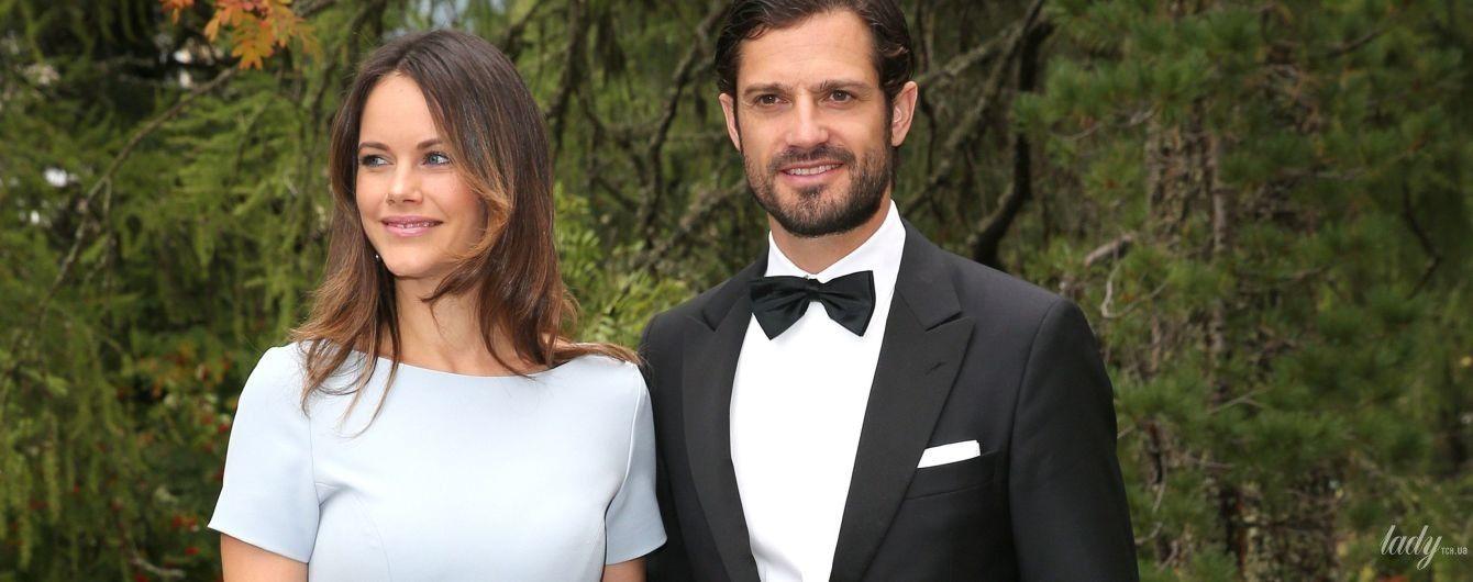 В нежном образе: принцесса София вместе с мужем принцем Карлом Филиппом сходили на свадьбу друзей