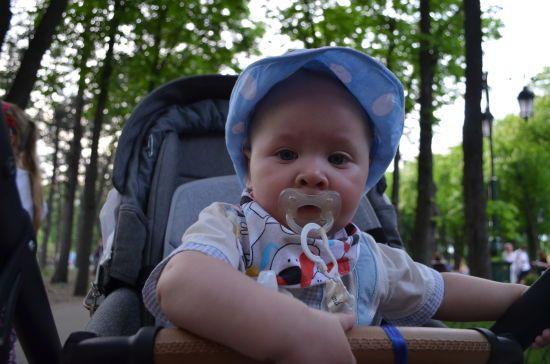 Маленький Єгор може отримати світ звуків завдяки вам