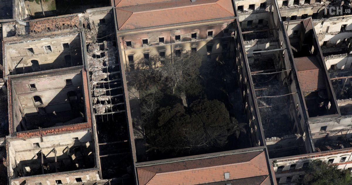 Возрождение попелища: как будут спасать известный музей в Бразилии после пожара