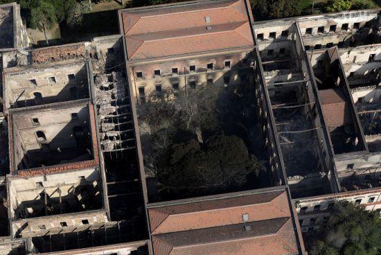 Відродження згарища: як будуть рятувати відомий музей в Бразилії після пожежі