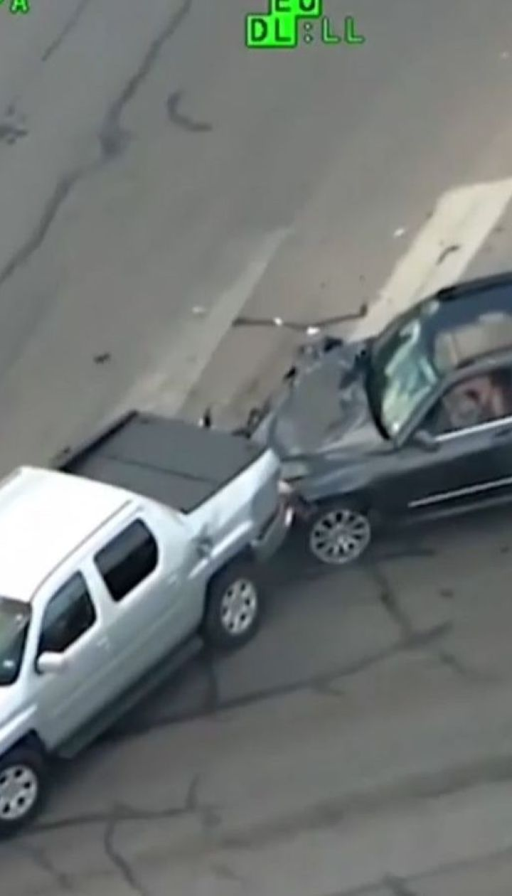 Американка з немовлям в машині намагалася втекти від поліції та потрапила у ДТП