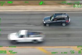 Жінка з немовлям в авто влаштувала перегони з поліцією