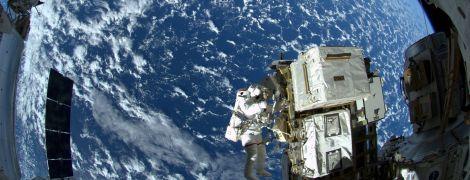 """Тепер без роботів: Росія здійснила перестикування корабля """"Союз"""" із МКС"""
