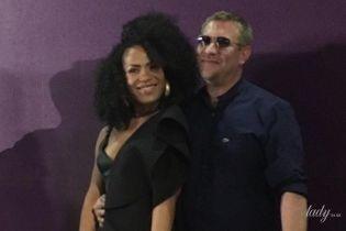 Щасливі разом: Гайтана вперше вийшла у світ з чоловіком