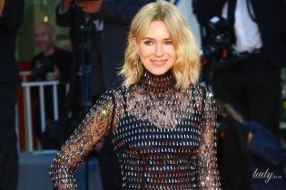 Выглядит блестяще: Наоми Уоттс вышла на красную дорожку в платье от Dolce & Gabbana