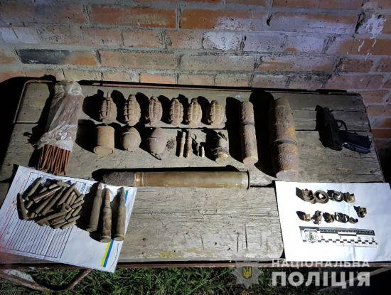 На Кіровоградщині у чоловіка в руках здетонував вибуховий пристрій