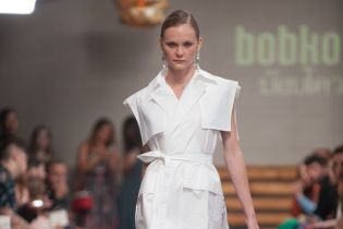 UFW: платья-халаты и авторские принты в новой коллекции BOBKOVA