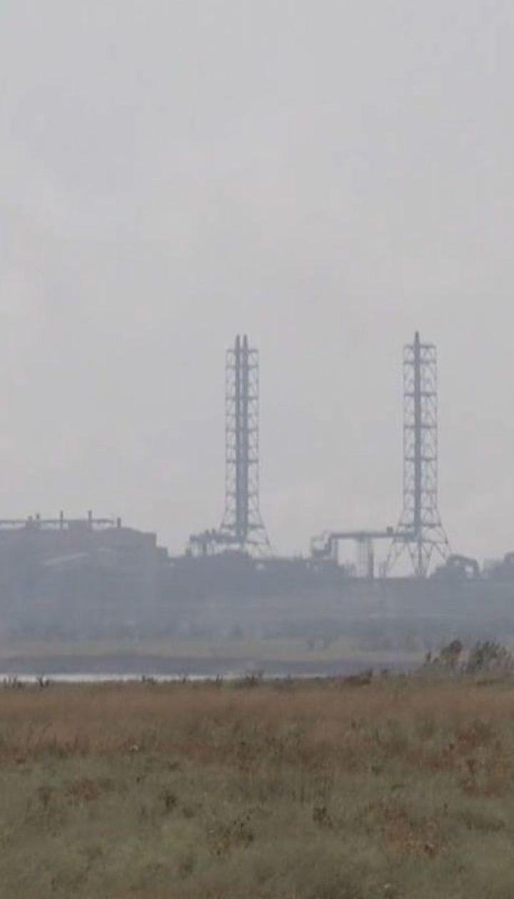 """На Херсонщині у повітрі зафіксували отруйні викиди хімзаводу """"Кримський титан"""""""