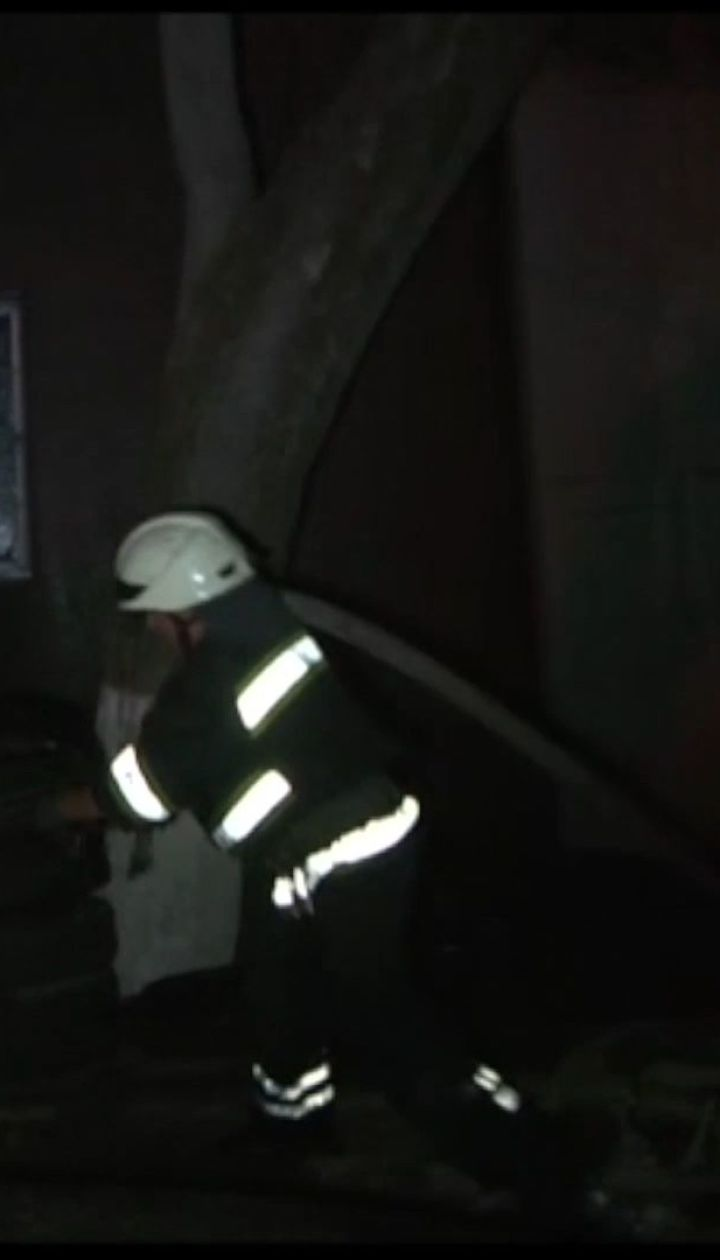 Вероятной причиной пожара на СТО в Одессе является взрыв газового баллона