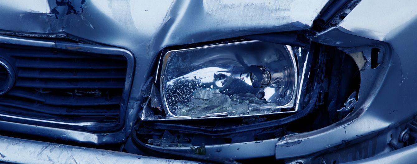 В Киеве произошло ДТП с пострадавшими
