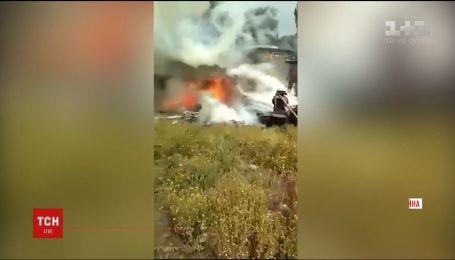 Через поджигателя в Кривом Роге сгорели четыре гаража