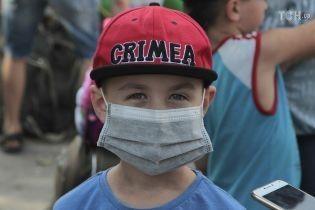 """""""Жжение в глазах и ожоги"""": в оккупированном Армянске сообщили о новых выбросах"""