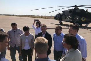 Министр иностранных дел Норвегии прибыла на Донбасс