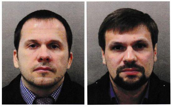 """Журналісти зателефонували за номером з документів """"туриста"""" Петрова. Їм відповіли, що це Міноборони"""