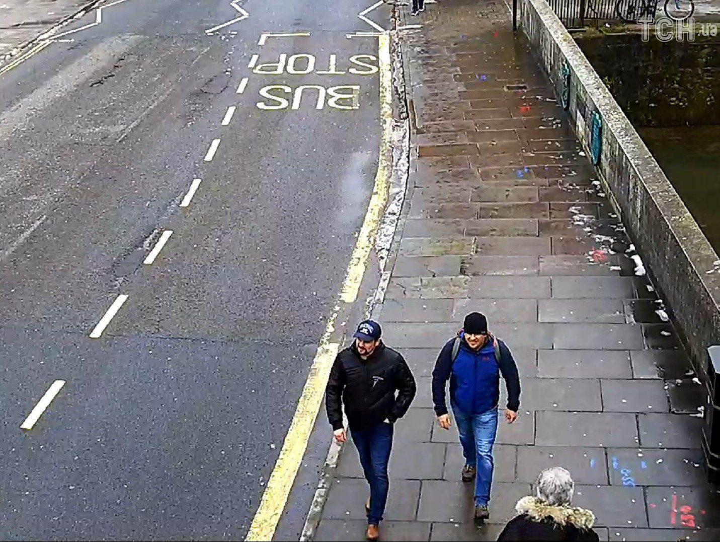 Підозрювані в отруєнні Скрипалів, фото з камер спостереження_5