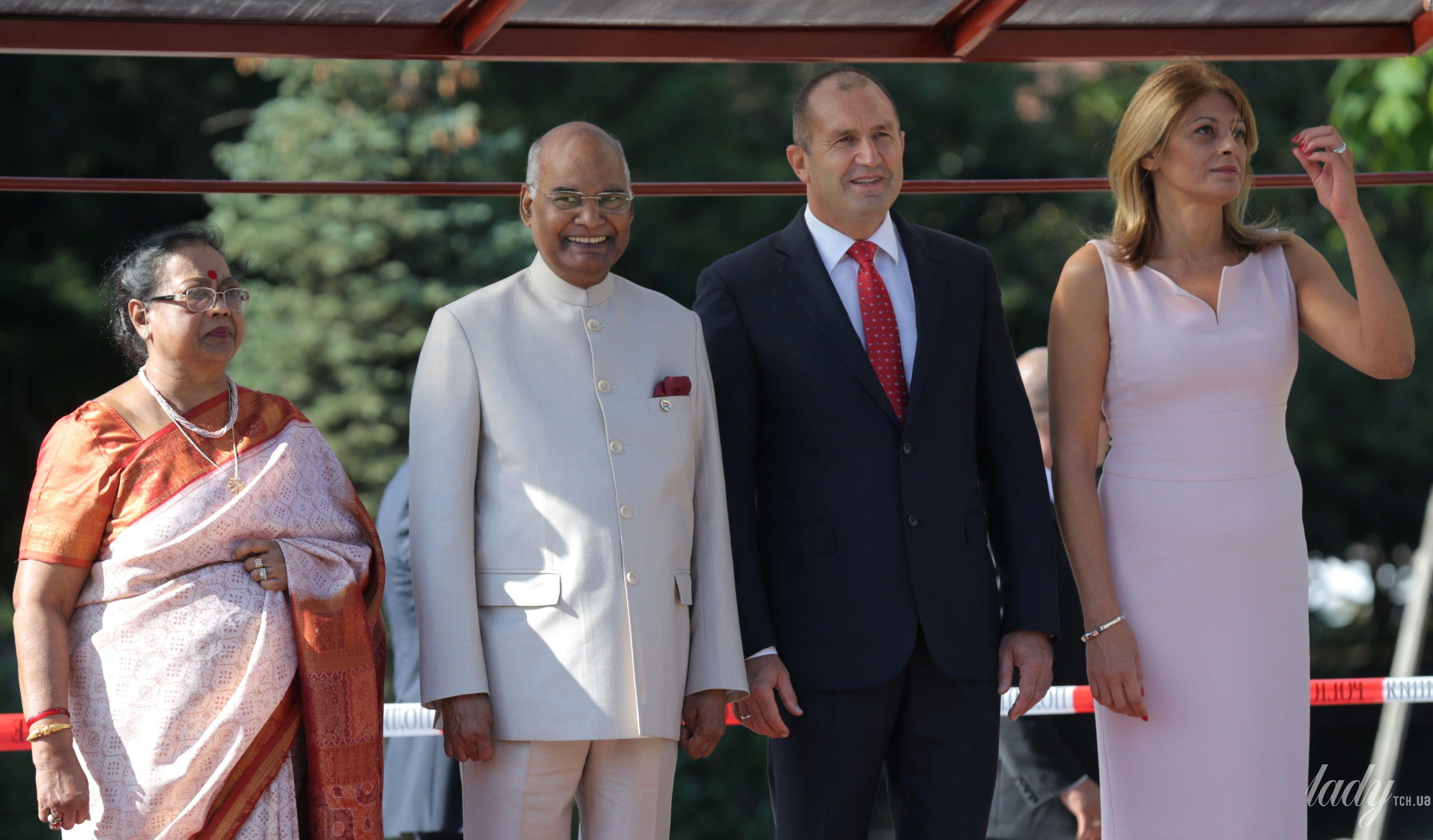 Перваые леди Индии и Болгарии_2