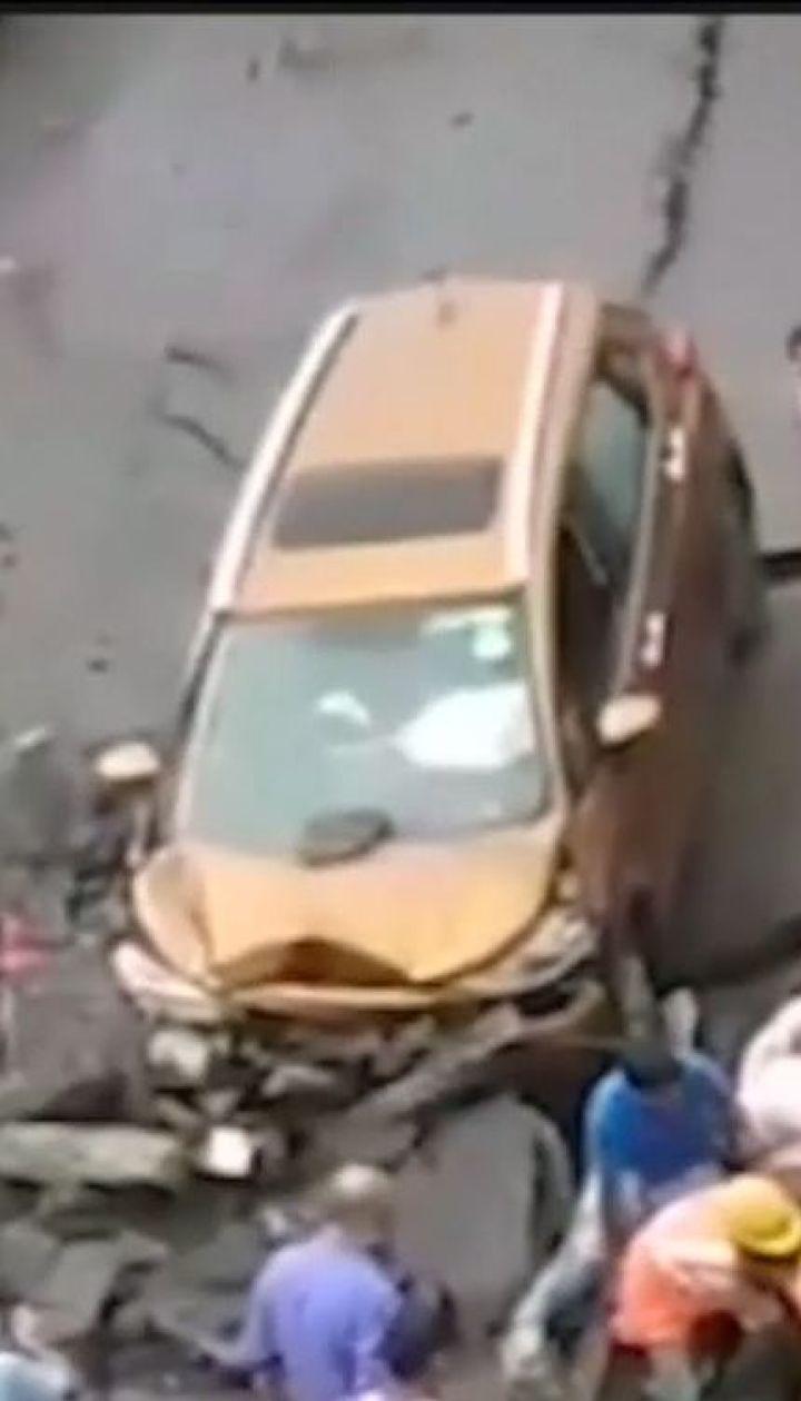 В Індії обвалився міст. Є загиблі