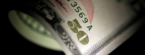 В очікуванні нових санкцій. Російські бізнесмени готуються працювати без долара