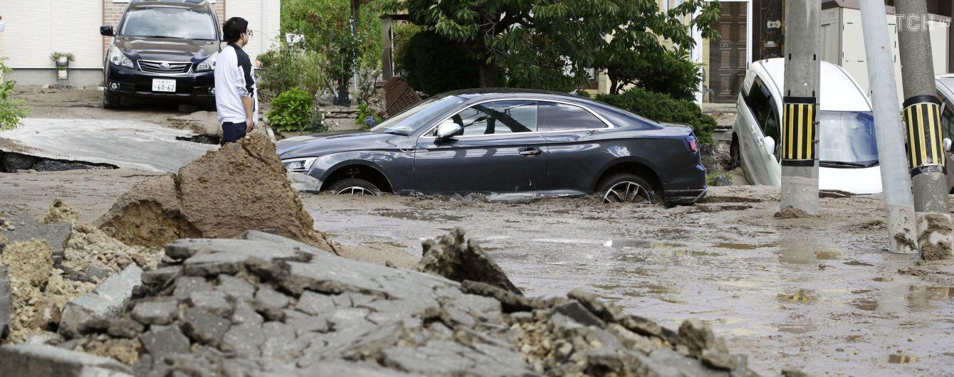 Число погибших от землетрясения в Японии достигло 30, около 400 пострадали