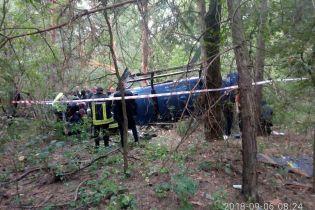 В Киеве во время падения вертолета едва не погибли двое рыбаков