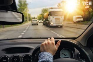 В Англии будут забирать права у водителей с нарушением зрения