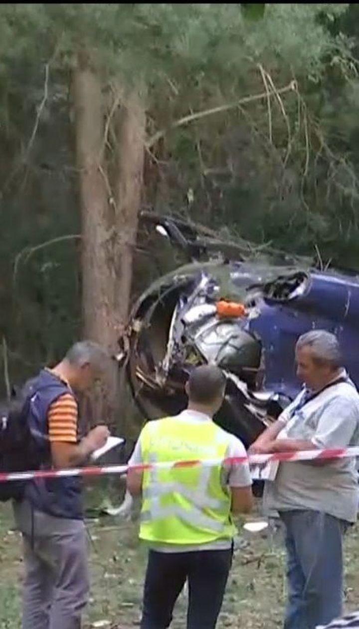 На місці падіння гелікоптера в Києві завершились слідчі дії
