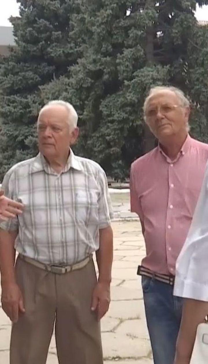 Жителі Херсонщини на межі паніки через чутки про можливий кислотний дощ