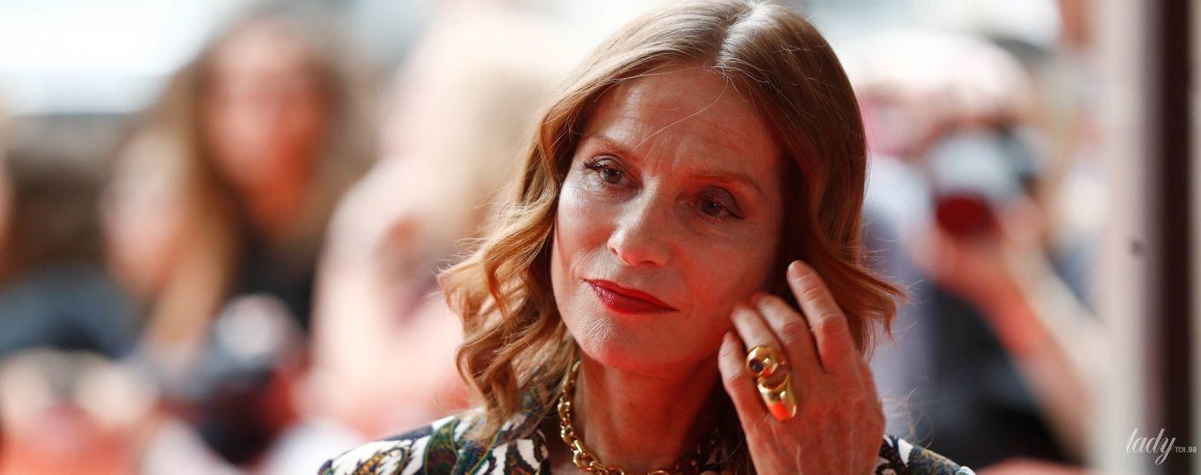 Виглядає бездоганно: 65-річна Ізабель Юппер на кінофестивалі в Торонто