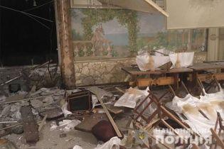 На Прикарпатті п'ятеро чоловіків підірвали ресторан