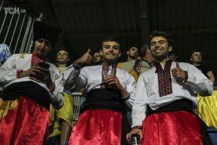 Понад тисяча вболівальників підтримають збірну України в матчі з Люксембургом