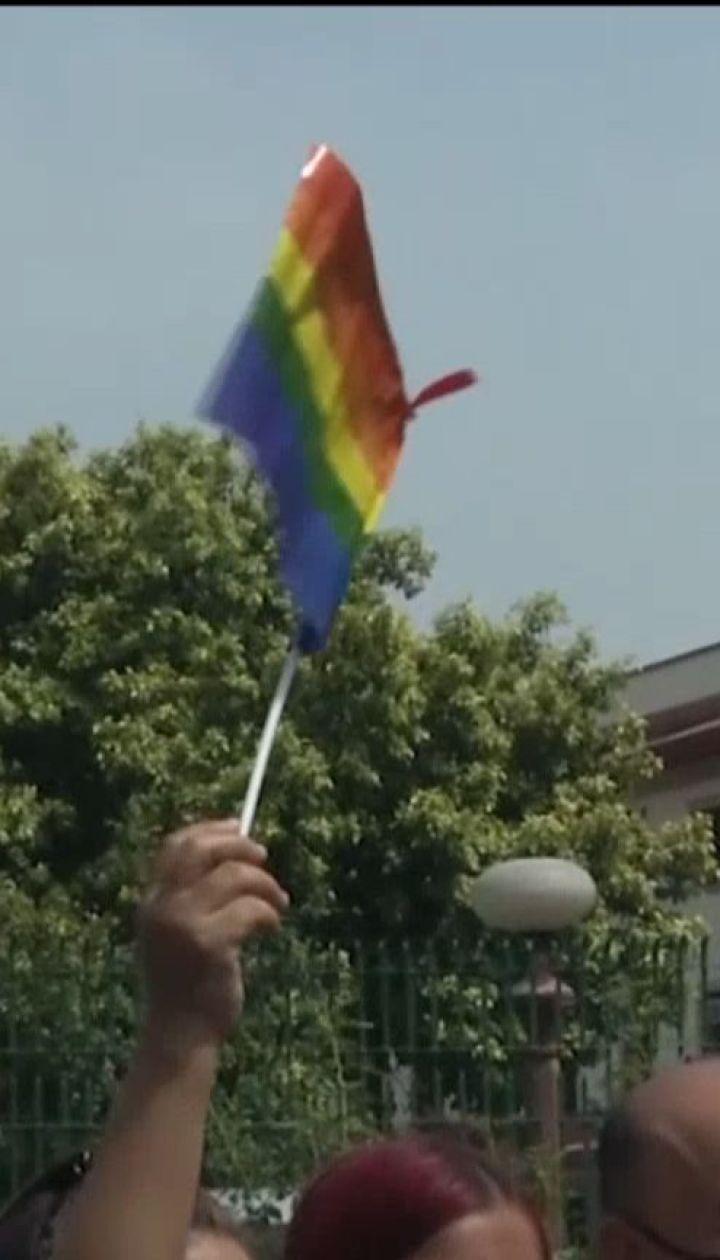 В Индии больше не будут наказывать заключением за гомосексуальные отношения