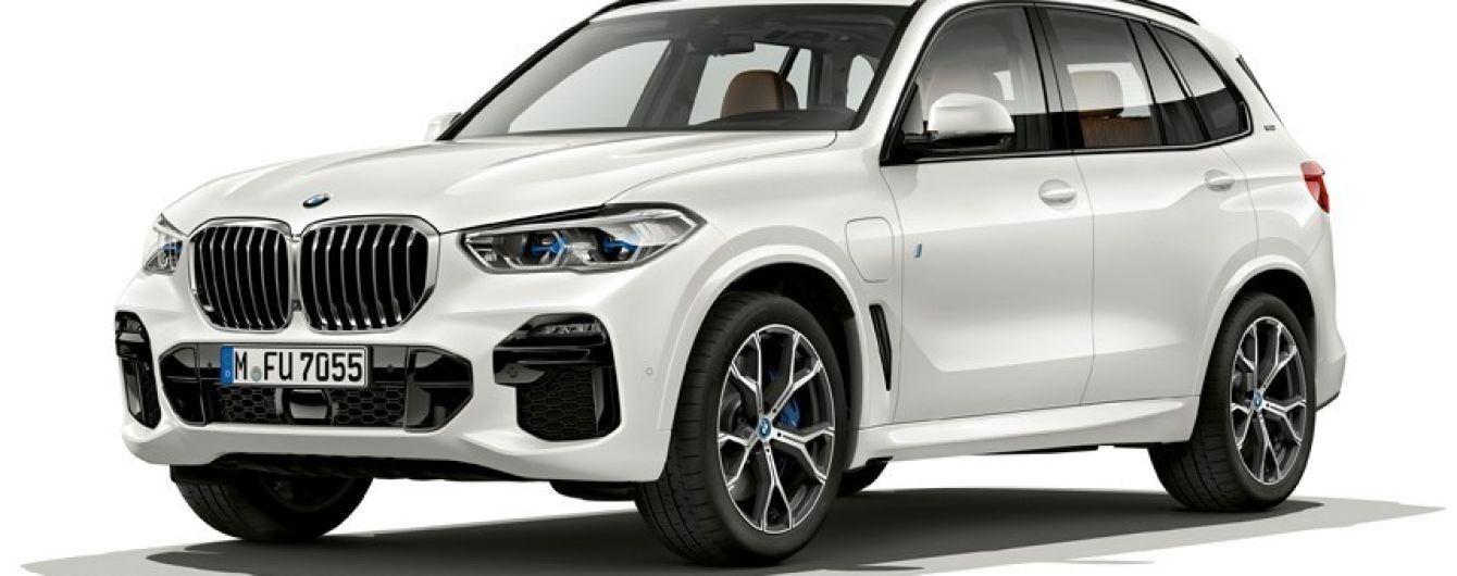BMW X5 получил гибридный привод