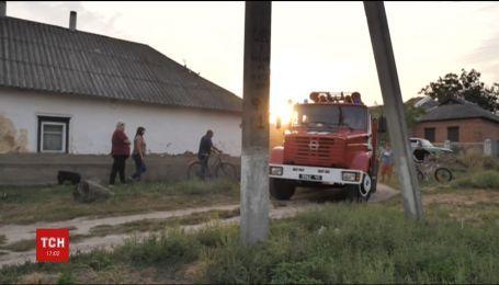 На Харківщині досі не вдалося ліквідувати масштабну пожежу